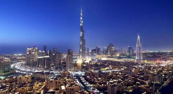 أسواق الإمارات تتراجع عن أعلى مستوياتها في 5 سنوات؛ ومصر تتقدم
