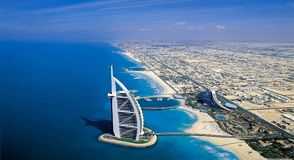 الاستقرار، والنمو الاقتصادي ساعد بجلب الأعمال إلى الإمارات العربية المتحدة