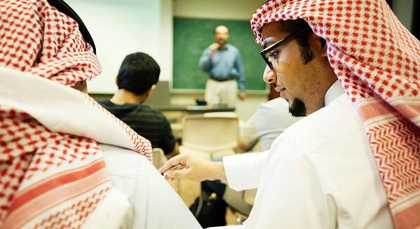 مصنعي السيارات والتجار سيستفيدوا من مسح السعودية الجديد