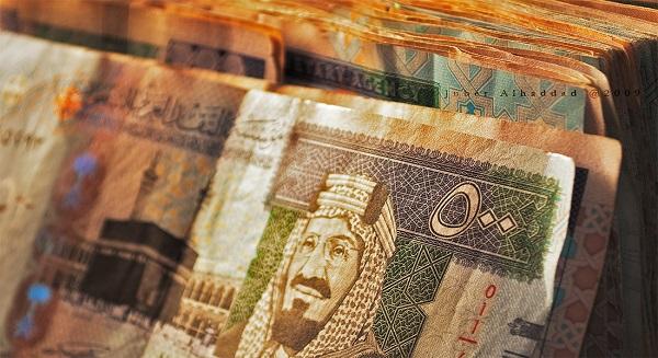 تتضخم الكتلة النقدية السعودية وسط طلب قوي