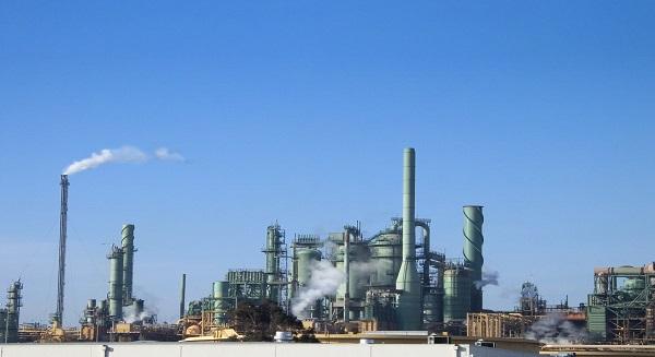 عدم اليقين يخيم على حقول النفط أبوظبي