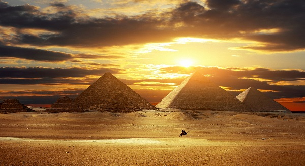 Egypt unveils $4.9 billion stimulus package to prop up struggling economy