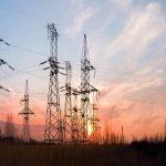 الكهرباء توزع 75 % نقدية و10 % أسهمًا مجانية