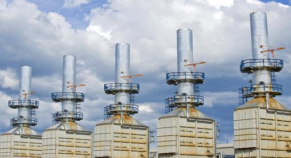 وكالة الطاقة الدولية: تراجع استثمارات النفط في الشرق الأوسط قد يرفع الأسعار