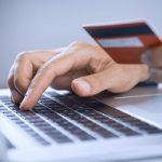 السعودية ترى نمو معاملات التجارة الإلكترونية