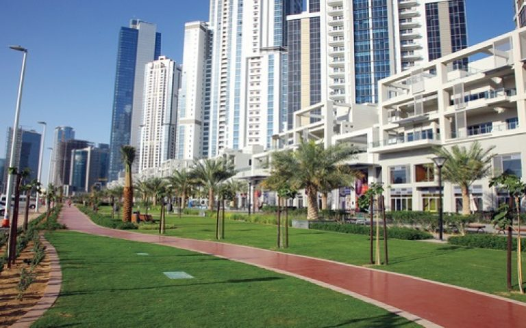 بلومبيرغ: عقار دبي يواصل ازدهاره