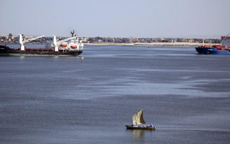 Egypt picks Saudi consultancy to draft Suez plan