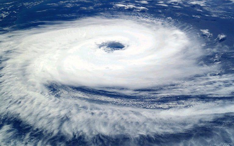 عاصفة مدارية قادمة لسلطنة عمان