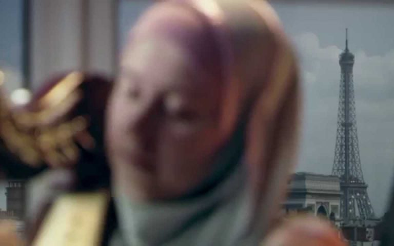 """""""حجاب The Tainted Veil """" يكشف عن الحجاب في التاريخ و معان كثيرة وراءه"""