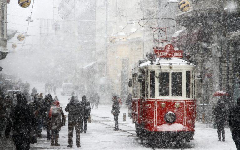 Istanbul braces for snowfall ahead of New Year's Eve