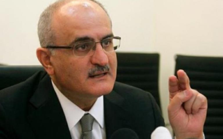 وزير المالية اللبناني: الاقتصاد والليرة لا يواجهان خطراً نتيجة استقالة رئيس الوزراء
