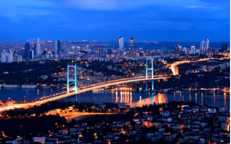 26 مليار دولار إيرادات السياحة التركية في 2017