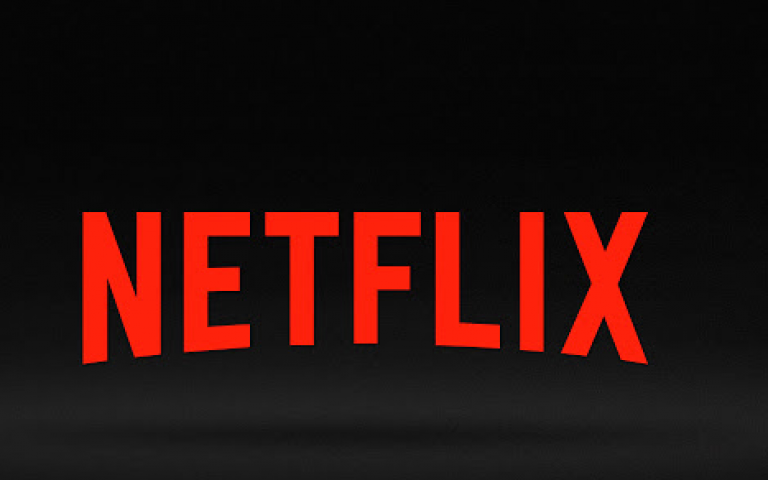 Netflix membership surged past 117 million last year, a rise the company said showed its investment in original programming was paying off.