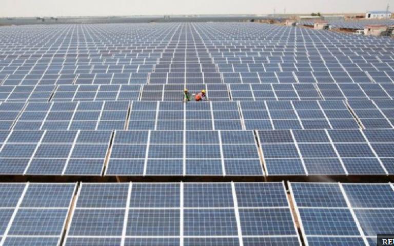استثمارات الصين في الطاقة الشمسية تنعش أسواق الطاقة النظيفة عالميا
