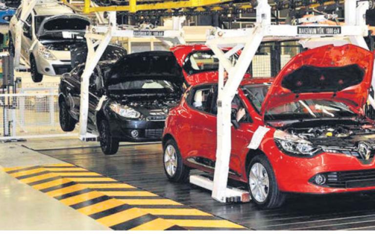 مبيعات السيارات التركية تهبط 6% في أبريل والإنتاج يتراجع 7%