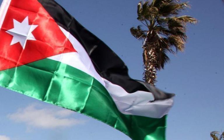 حكومة الأردن تستعد لجدل جديد مع الشارع حول مشروع ضريبة الدخل