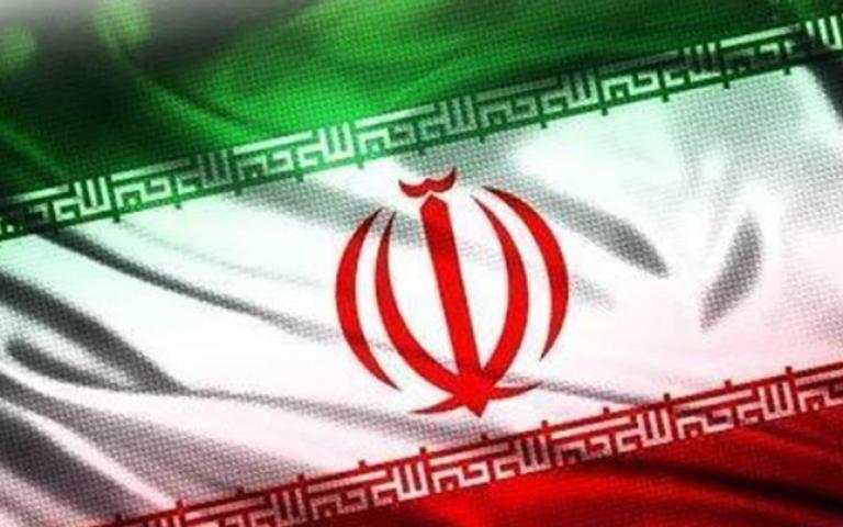 إيران تسعى لخرق العقوبات ببيع نفطها في بورصة طهران