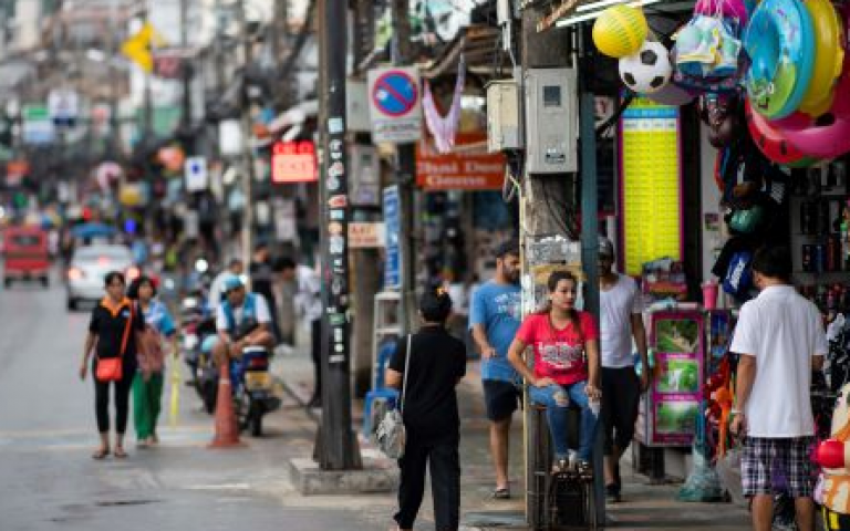 Thailand's economy surprisingly stalls in the third quarter