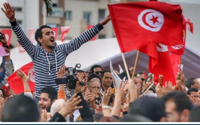 """تونس أمام خياري زيادة الأجور أو الامتثال لإصلاحات """"النقد الدولي"""""""