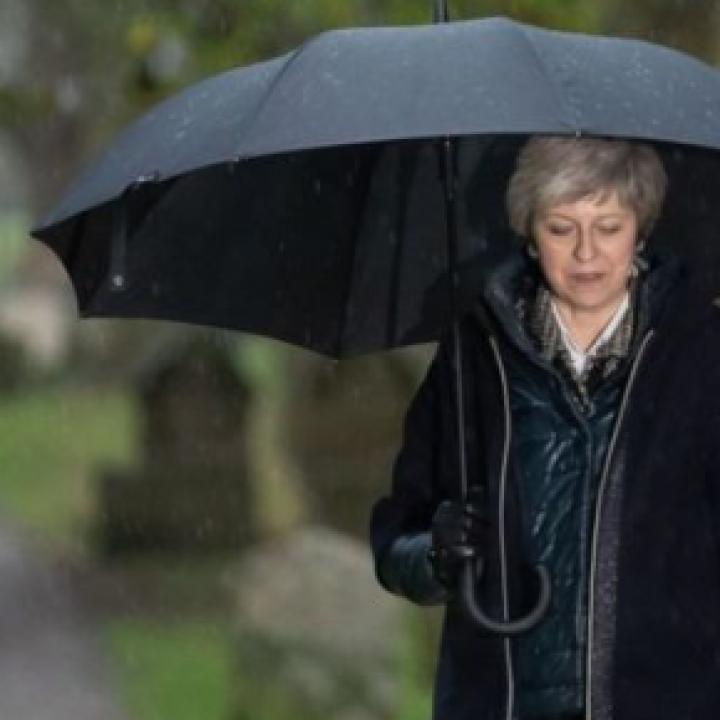 مطالبات لرئيسة وزراء بريطانيا بإعادة التفاوض على اتفاق بريكست