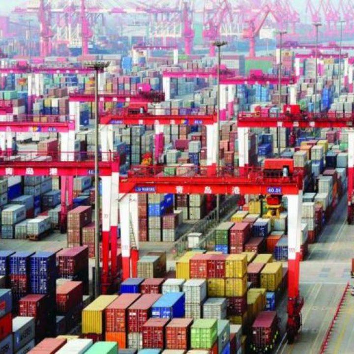 """وزير التجارة الصيني: التجارة الصينية تواجه تحديات """"غير مسبوقة"""" بسبب جائحة كورونا"""